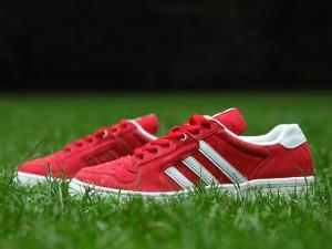 Sport rouge et blanc